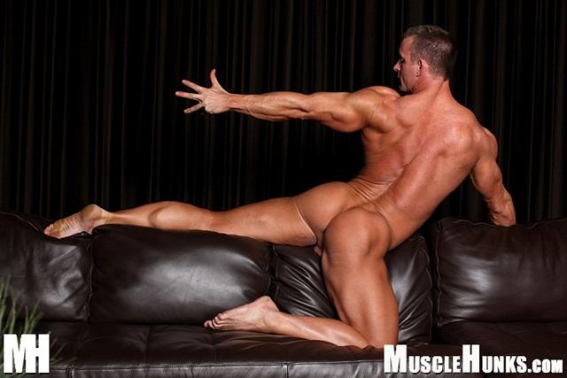 tj Cummings Naked Muscle Hunk jerks off shoots Jizz Download full movie torrent Via Facebook