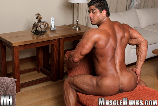 brutus di fino at Muscle Hunks download full movie torrents