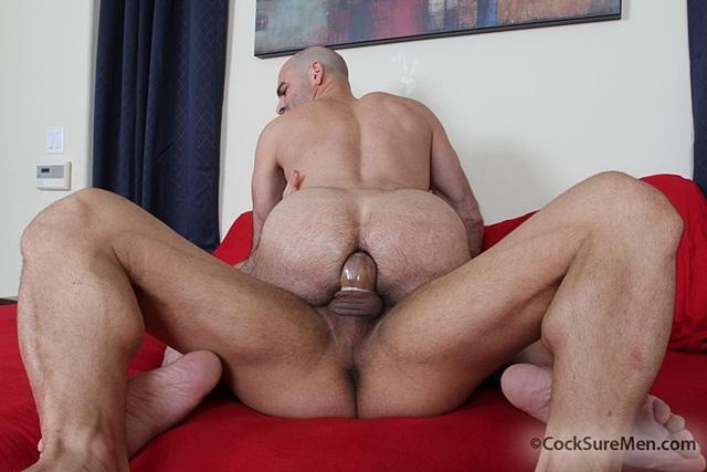 Big dick dudes suck and fuck threeway 2