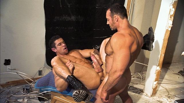 армейское гей порно