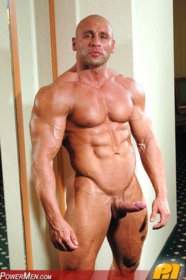 Index of /wp-content/gallery/big-gay-muscle-men-yakov.