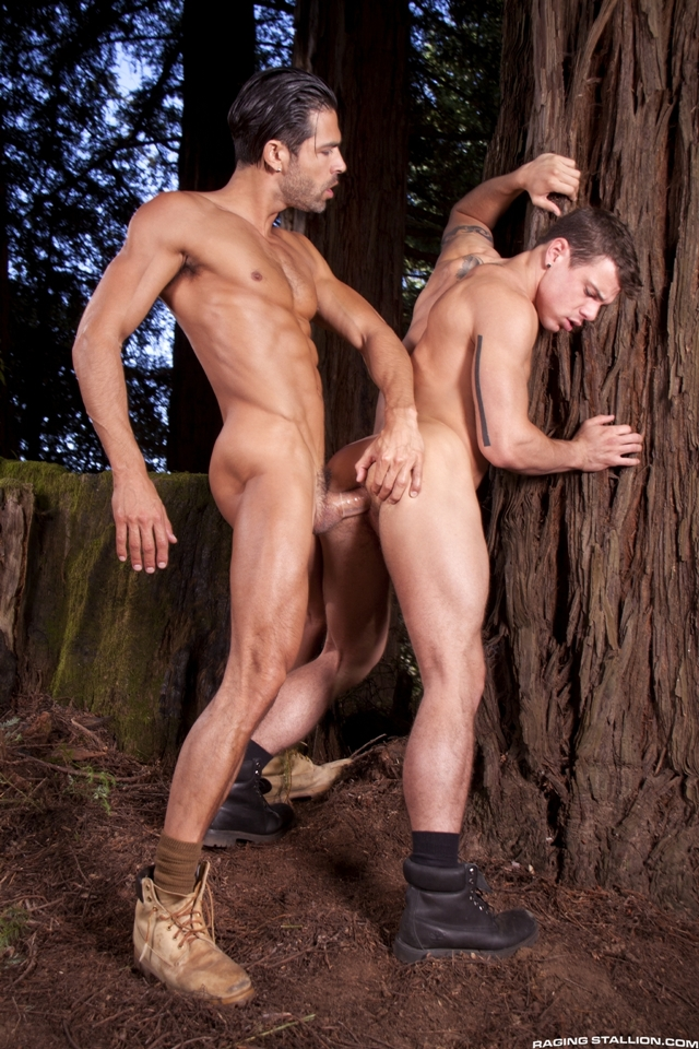 Outdoor-gay-fucking-DO-Jesse-Santana-in-the-Woods-part-2-Raging-Stallion-06-photo