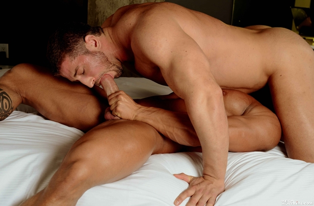 Max-Chevalier-and-Christian-Power-Gay-Porn-Pics-Men-of-Montreal-naked-muscle-hunks-muscle-cock-gay-porn-stars-06-gay-porn-pics-photo