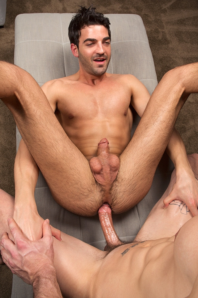 SeanCody-Peter-and-Troy-Bareback-03-gay-porn-pics-photo