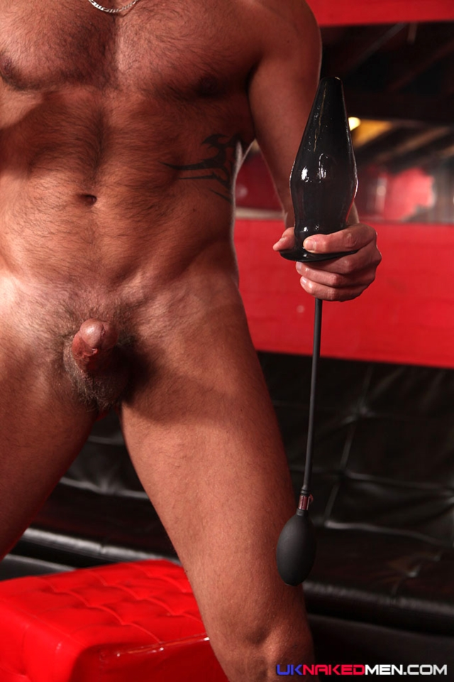 Martin-Mazza-and-Kingsley-Rippon-UKNakedMen-hairy-young-men-muscle-studs-British-gay-porn-English-Guys-Uncut-Cocks-06-pics-gallery-tube-video-photo