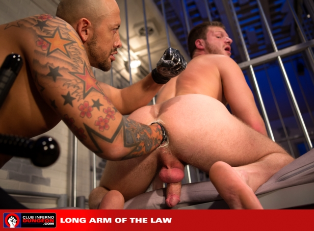 Brian-Bonds-and-Jordano-Santoro-Club-Inferno-Dungeon-fisting-gay-rosebud-fetish-BDSM-fisting-top-fisting-bottom-08-gallery-video-photo