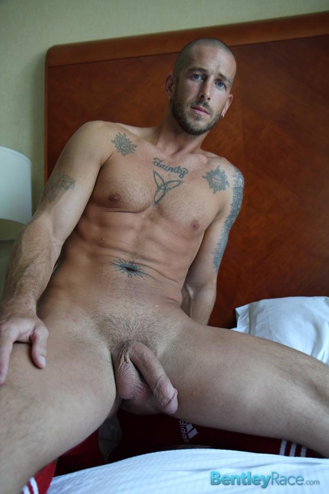 Mark-Green-bentley-race-bentleyrace-nude-wrestling-bubble-butt-tattoo-hunk-uncut-cock-feet-gay-porn-star-10-gallery-video-photo - copia