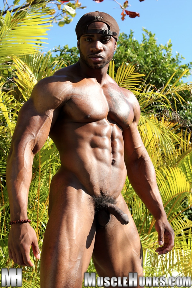 Varik-Best-Live-Muscle-Show-Gay-Naked-Bodybuilder-nude-bodybuilders-gay-muscles-big-muscle-men-gay-sex-10-gallery-video-photo