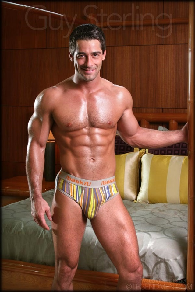 Guy-Sterling-Legend-Men-Gay-sexy-naked-man-Porn-Stars-Muscle-Men-naked-bodybuilder-nude-bodybuilders-big-muscle-002-gallery-video-photo