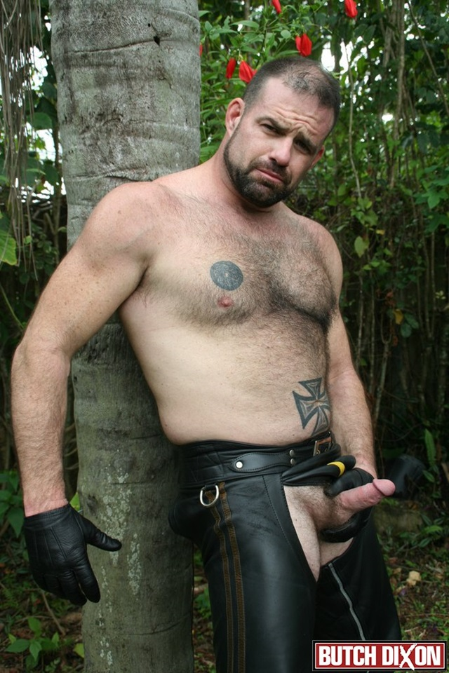 Jake-Marshall-and-Kevin-McDonough-Butch-Dixon-hairy-men-gay-bears-muscle-cubs-daddy-older-guys-subs-mature-male-sex-porn-011-gallery-video-photo