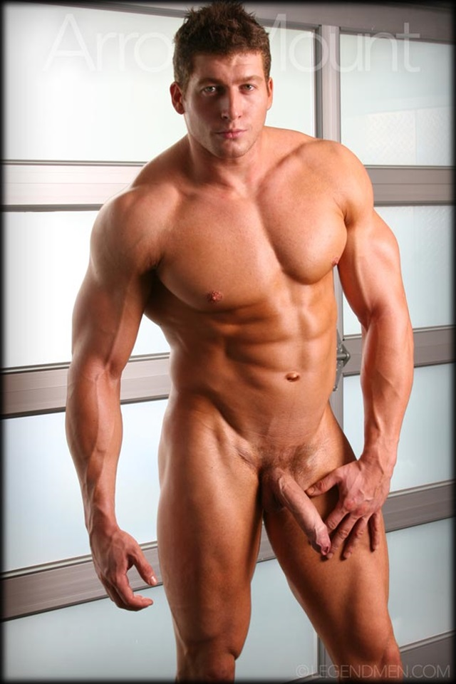 Hot Nude Male Body Builders