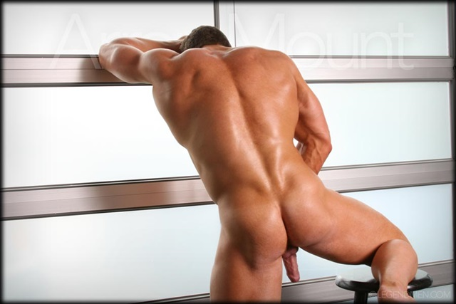 Aaron-Mount-Legend-Men-Gay-sexy-naked-man-Porn-Stars-Muscle-Men-naked-bodybuilder-nude-bodybuilders-big-muscle-007-red-tube-gallery-photo