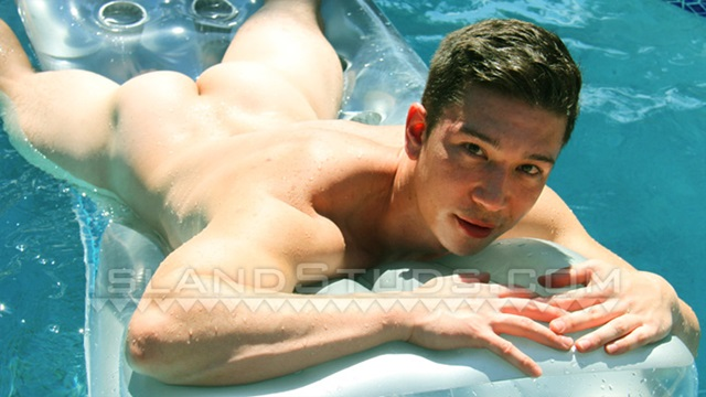 Island-Studs-Honolulu-Yuan-young-man-gym-sculpted-abs-hairless-Asian-athletic-bubble-butt-jerks-off-001-male-tube-red-tube-gallery-photo