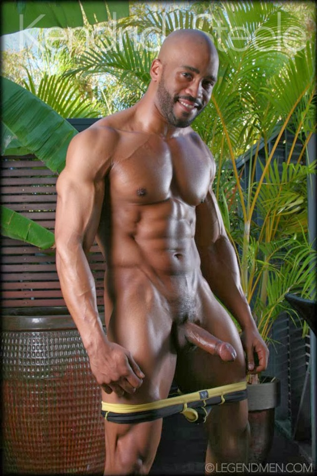 Kendrick-Steele-Legend-Men-Gay-sexy-naked-man-Porn-Stars-Muscle-Men-naked-bodybuilder-nude-bodybuilders-big-muscle-003-gallery-photo