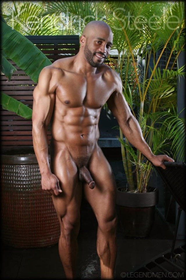 Kendrick-Steele-Legend-Men-Gay-sexy-naked-man-Porn-Stars-Muscle-Men-naked-bodybuilder-nude-bodybuilders-big-muscle-005-gallery-photo