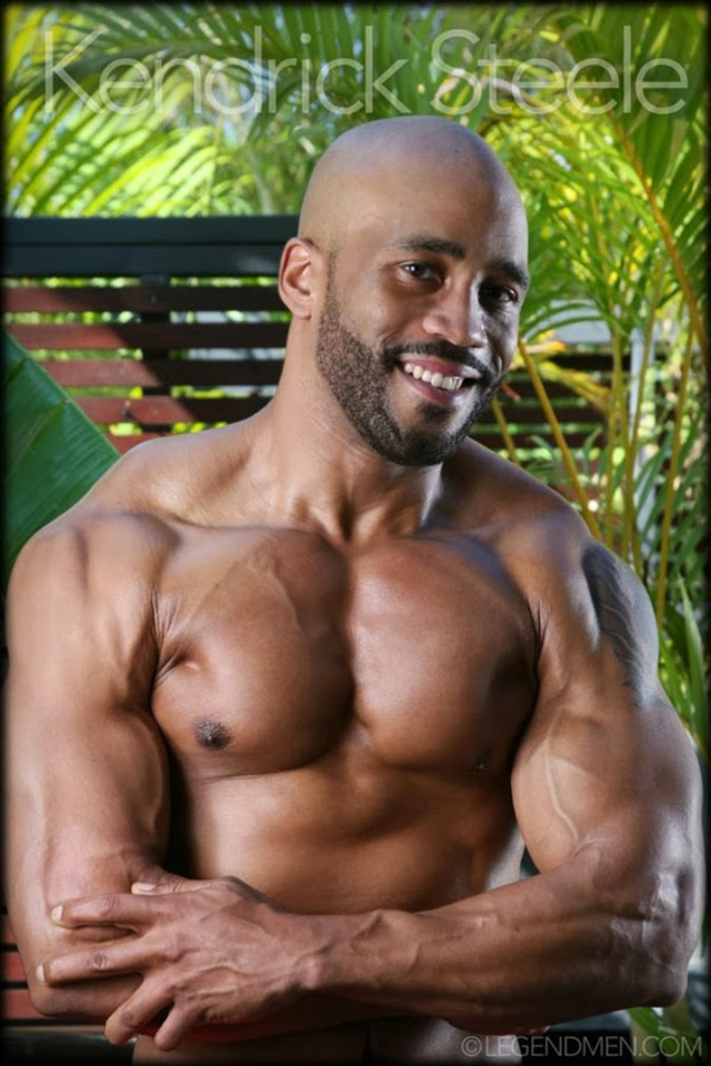 Kendrick-Steele-Legend-Men-Gay-sexy-naked-man-Porn-Stars-Muscle-Men-naked-bodybuilder-nude-bodybuilders-big-muscle-012-gallery-photo