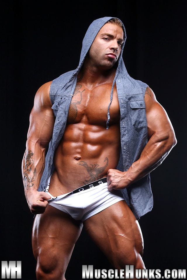 Max-Hilton-Muscle-Hunks-nude-gay-bodybuilders-porn-muscle-men-xvideos-xtube-hunks-big-uncut-cocks-jockstrap-002-male-tube-red-tube-gallery-photo