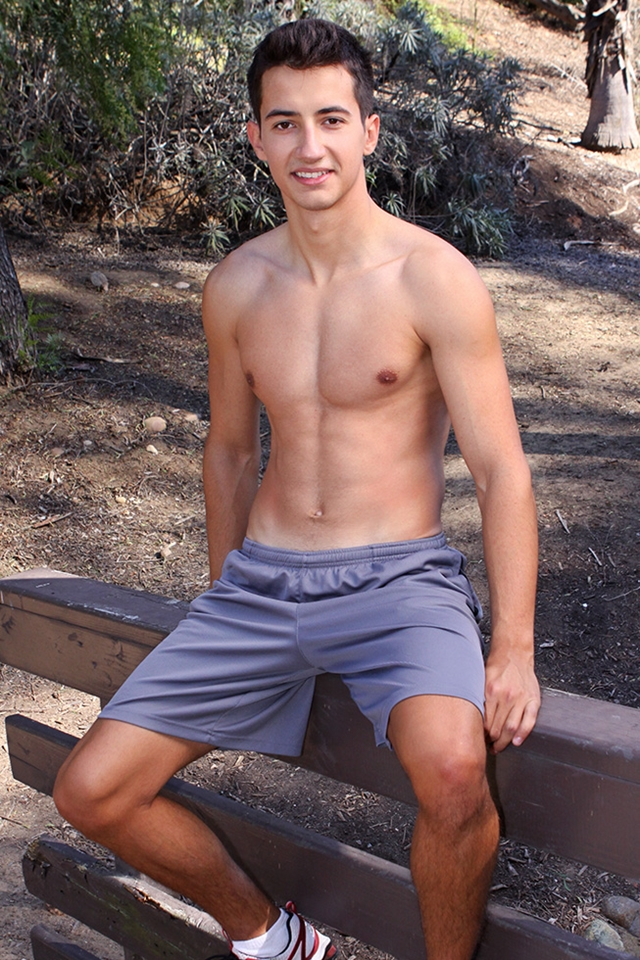 Sean-Cody-Young-muscle-boy-Bryan-long-thick-uncut-dick-Jerking-load-thick-creamy-dude-cum-008-male-tube-red-tube-gallery-photo