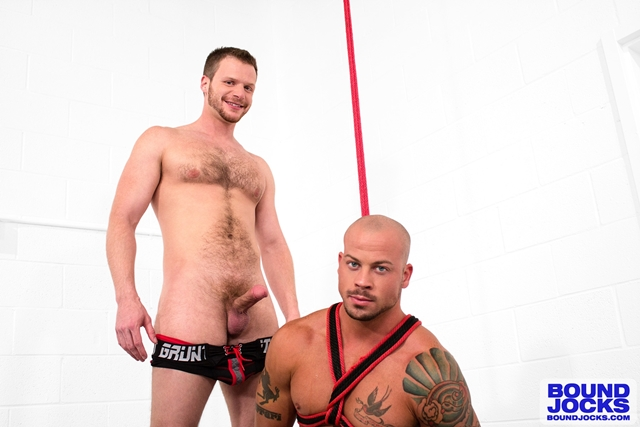 BoundJocks-muscle-hunks-Bound-jock-Sean-Duran-knees-Brian-Bonds-hard-cock-suck-013-male-tube-red-tube-gallery-photo