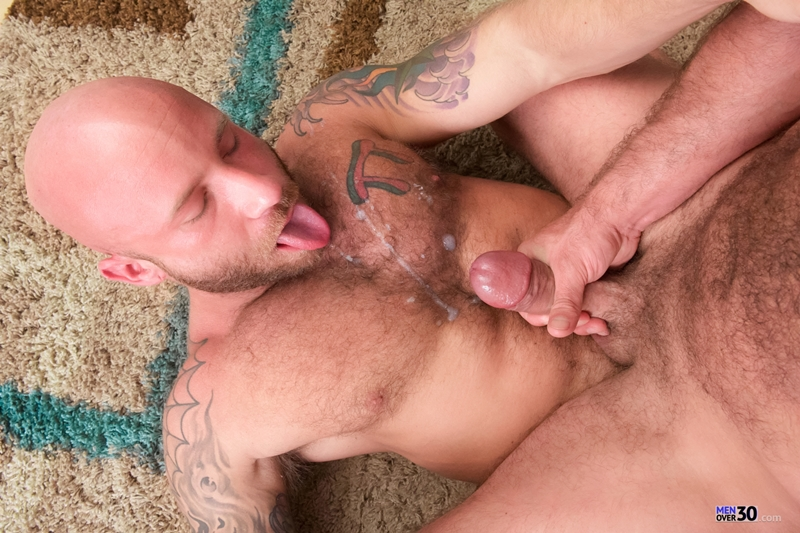 Drake-Jaden-and-Jake-Jennings-Men-Over-30-Anal-Big-Dick-Gay-Porn-HD-Movies-Mature-Muscular-older-gay-young-gays-twink-015-male-tube-red-tube-gallery-photo