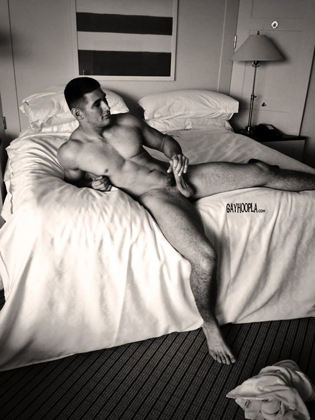 Gay Muscular Tube 51