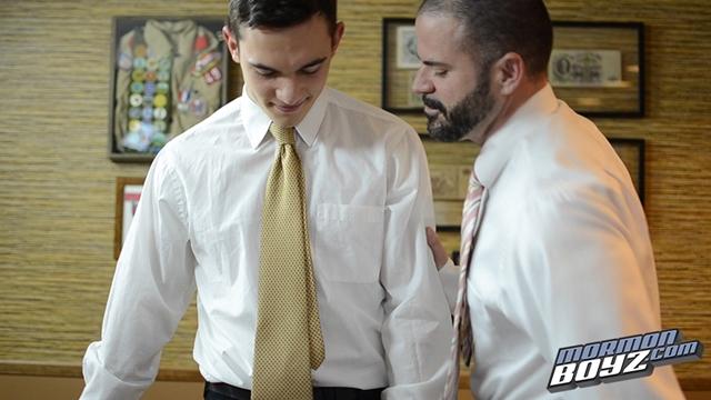 MormonBoyz-Mormon-Boyz-Elder-Kensington-and-Elder-Miller-002-male-tube-red-tube-gallery-photo