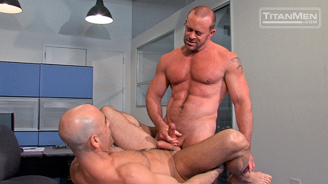 Titan-Men-Adam-Russo-unzips-Casey-Williams-swordplay-precum-dick-suck-hot-oral-fuck-throat-mouth-Fuckin-dick-018-male-tube-red-tube-gallery-photo