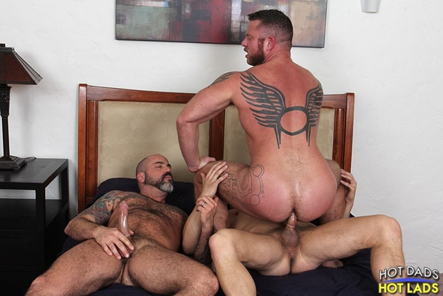 hot-dads-hot-lads-Muscle-daddies-Charlie-Harding-Scotty-Rage-young-blonde-Joseph-Rough-mouth-cock-fucked-013-male-tube-red-tube-gallery-photo