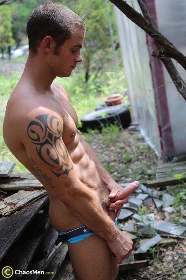 Chaos-Men-Tattooed-sexy-ripped-dude-Cooper-Reed-guys-workout-solo-naked-men-huge-dick-005-male-tube-red-tube-gallery-photo