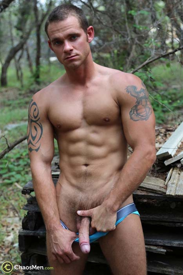 Chaos-Men-Tattooed-sexy-ripped-dude-Cooper-Reed-guys-workout-solo-naked-men-huge-dick-010-male-tube-red-tube-gallery-photo