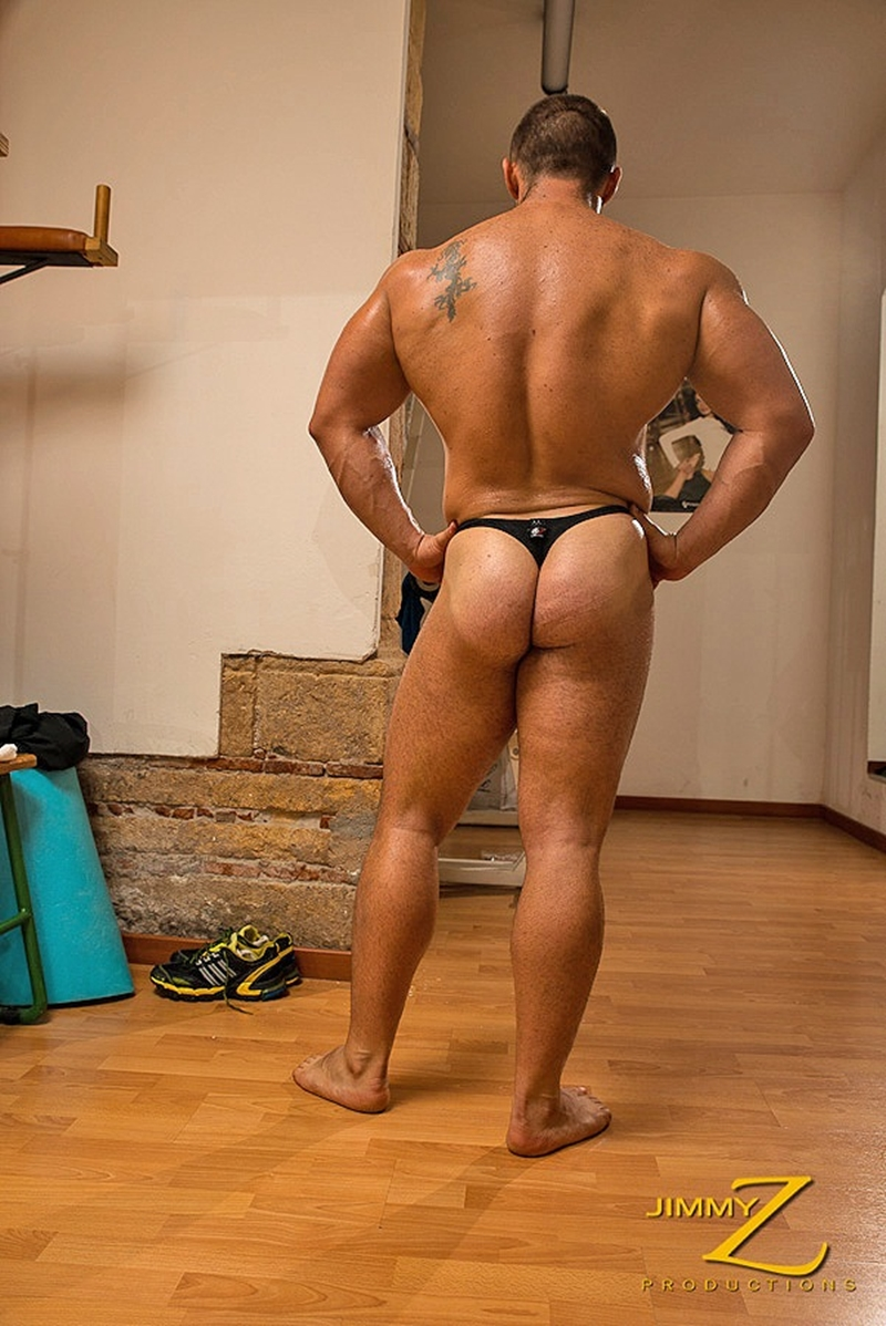 JimmyZProductions-european-older-mature-nude-bodybuilder-Italy-beefy-guy-sexy-torso-hard-muscles-workout-gym-005-tube-download-torrent-gallery-photo