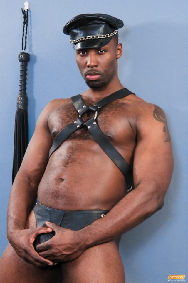 Next-Door-Ebony-Dayon-Nubius-giant-black-cock-mouth-hard-dong-fits-blackmen-big-dicks-003-male-tube-red-tube-gallery-photo