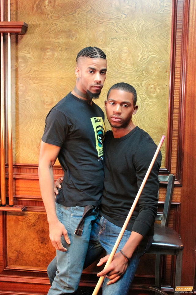 Next-Door-Ebony-kissing-Jin-Powers-Krave-Moore-massive-erection-licks-ass-fucking-dick-pounds-tender-004-male-tube-red-tube-gallery-photo