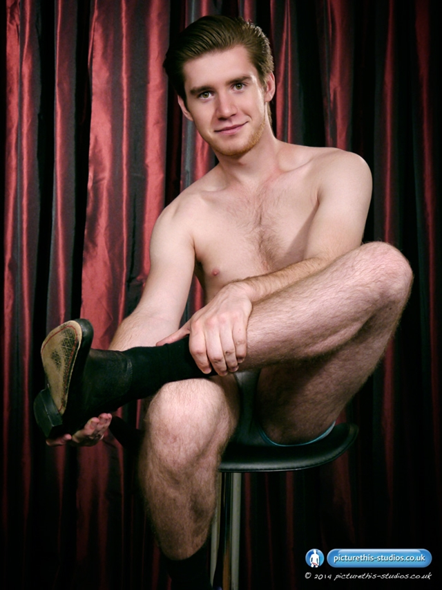 Picturethisstudios-straight-young-heart-throb-Jeff-Bishop-cock-balls-shaved-hairy-uncut-cock-008-male-tube-red-tube-gallery-photo