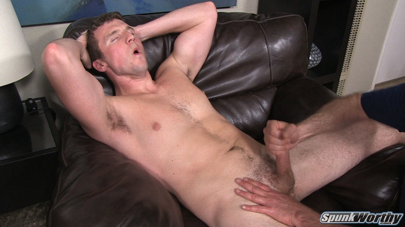 Gay Webcam Guy Whacking Off