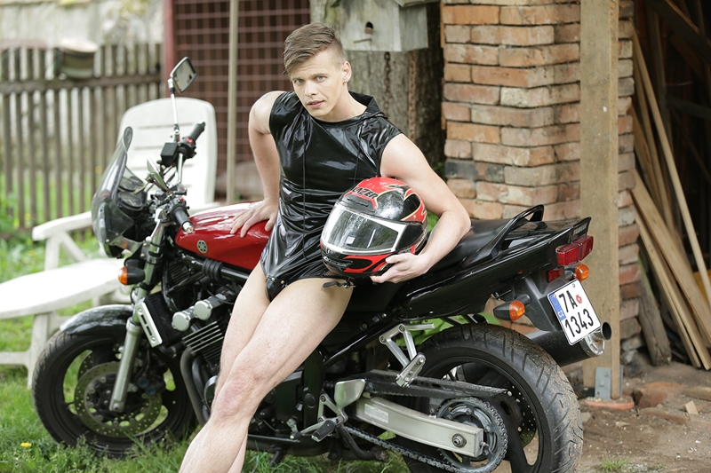 Staxus-Tom-Crua-tattoo-bottom-Vadim-Lust-big-uncut-cock-bareback-fucking-young-boy-hole-motorbike-leathers-003-tube-download-torrent-gallery-photo
