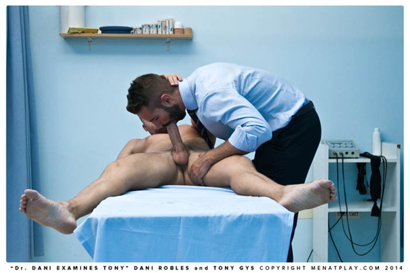 MenatPlay-naked-men-big-dicks-Handsome-doctor-Danie-Robles-28-year-old-patient-muscle-boy-Tony-Gys-001-tube-download-torrent-gallery-sexpics-photo
