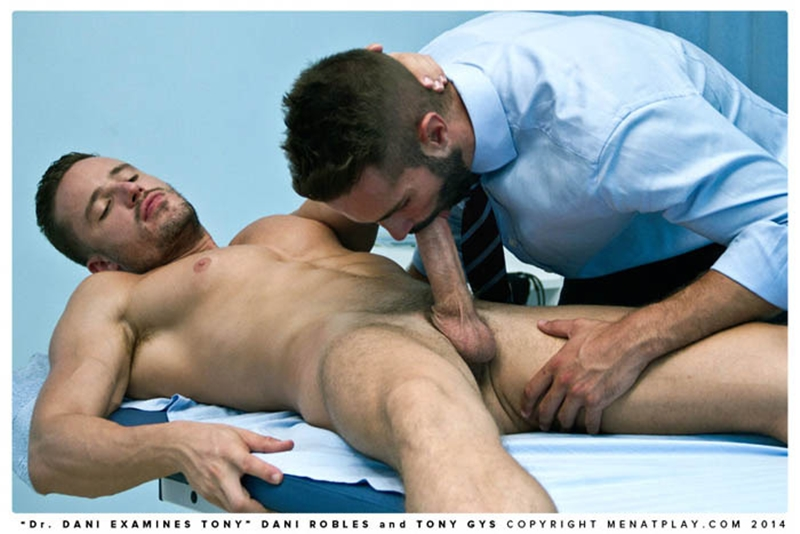 MenatPlay-naked-men-big-dicks-Handsome-doctor-Danie-Robles-28-year-old-patient-muscle-boy-Tony-Gys-014-tube-download-torrent-gallery-sexpics-photo