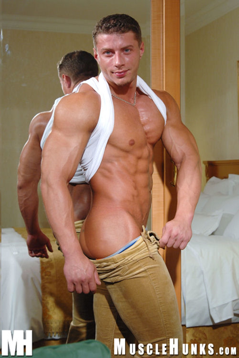 MuscleHunks-Romanian-muscle-god-Ustin-Galtov-massive-muscled-body-naked-bodybuilder-monster-9-inch-dick-jerks-cum-005-tube-download-torrent-gallery-sexpics-photo
