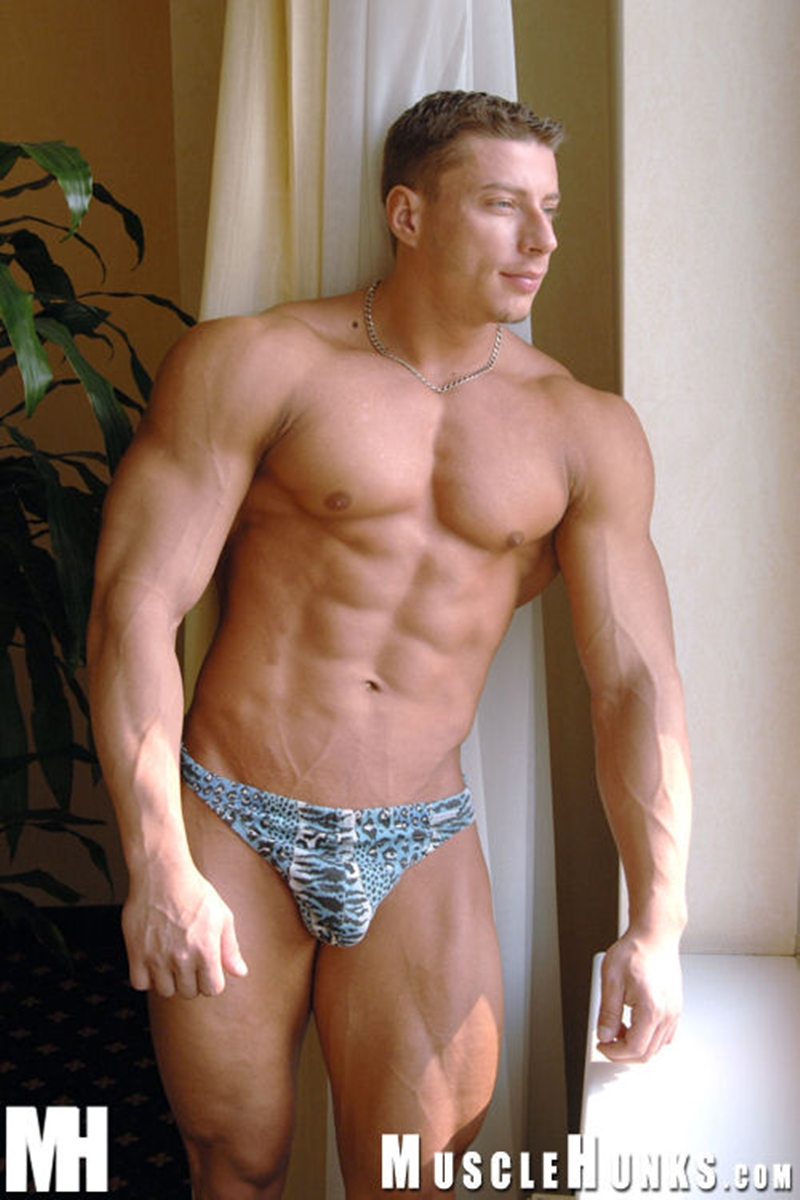 MuscleHunks-Romanian-muscle-god-Ustin-Galtov-massive-muscled-body-naked-bodybuilder-monster-9-inch-dick-jerks-cum-009-tube-download-torrent-gallery-sexpics-photo