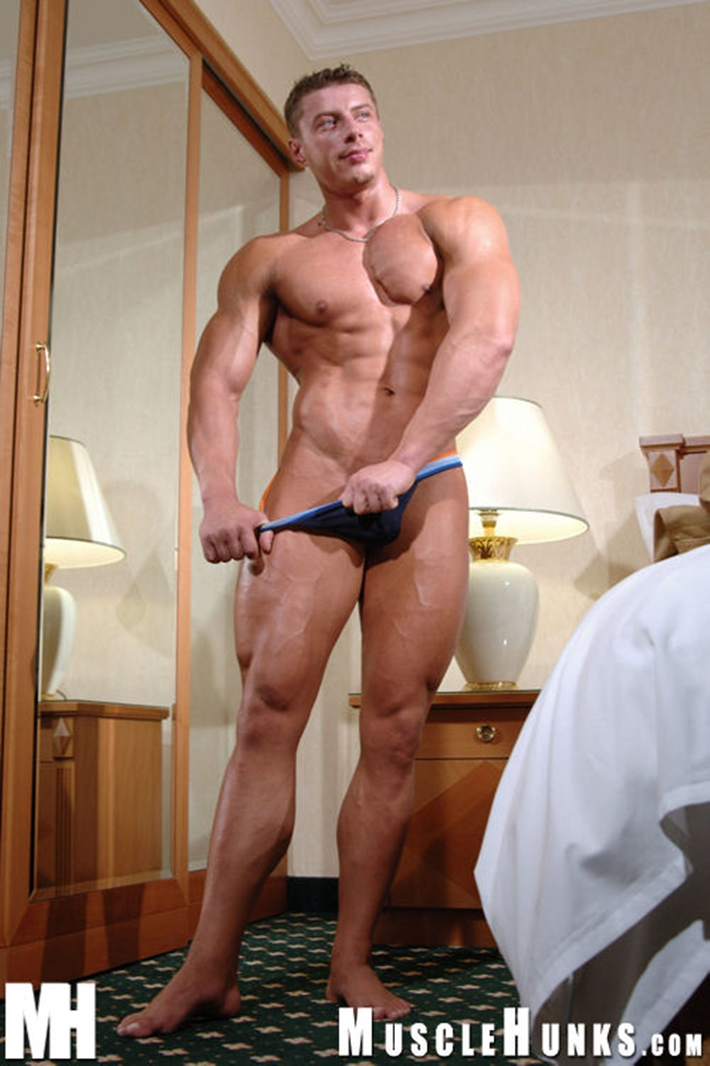 MuscleHunks-Romanian-muscle-god-Ustin-Galtov-massive-muscled-body-naked-bodybuilder-monster-9-inch-dick-jerks-cum-016-tube-download-torrent-gallery-sexpics-photo