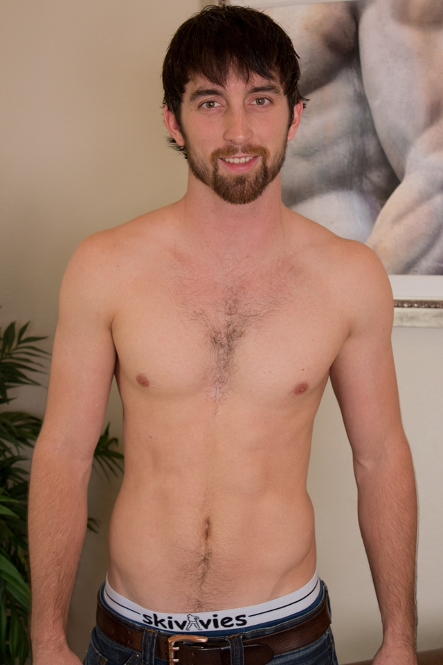 Hairy-chest-hunk-Jeremy-Stone-jerks-his-big-cock-Southern-Strokes-01-photo