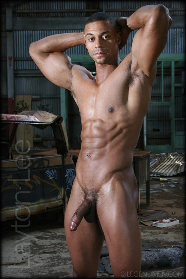 Muscle men nude