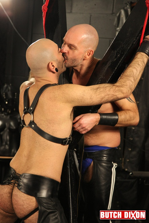 Hairy bears Dan Ryder and Mo Hammer, leather clad, ass fuck at Butch Dixon