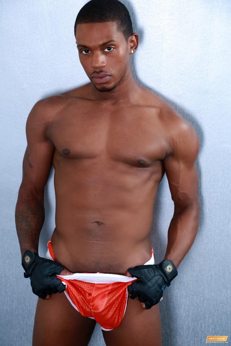 NextDoorEbony-Draven-Torres-Krave-Moore-hot-trainer-69-hot-sexy-men-big-erect-cock-tight-black-ass-gym-gay-sex-005-tube-download-torrent-gallery-sexpics-photo
