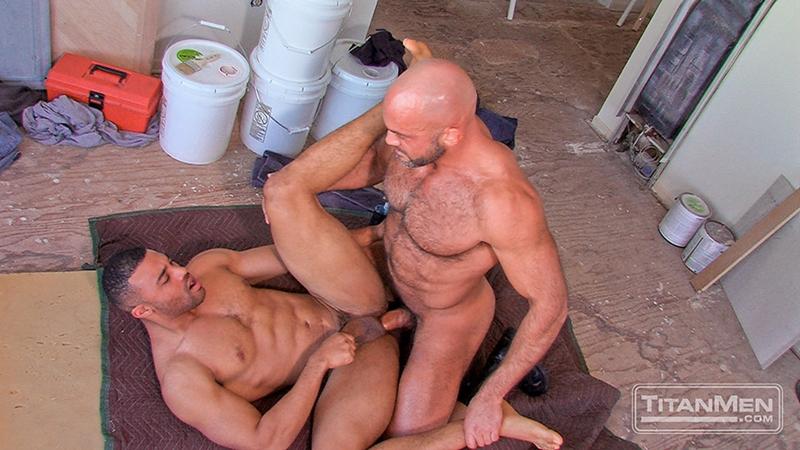 TitanMen-Jesse-Jackman-Jay-Bentley-big-cock-sucking-pubes-cocksucker-smooth-ass-bottom-fucked-top-pecs-hairy-chest-011-tube-download-torrent-gallery-sexpics-photo
