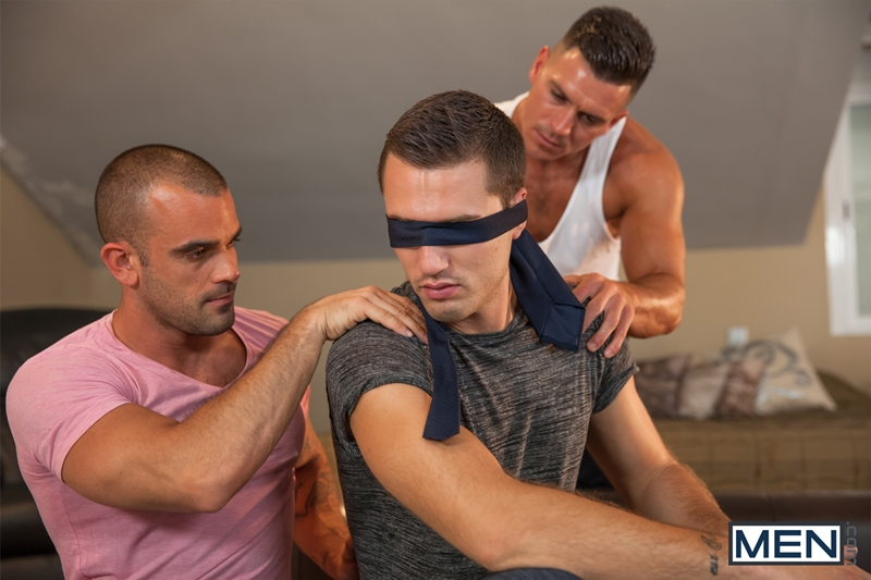 men  Men com muscle men Theo Ford Damien Crosse anal fucking Paddy OBrian huge uncut cock gay sex 008 tube download torrent gallery sexpics photo Damien Crosse, Paddy O'Brian and Theo Ford