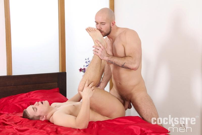 CocksureMen-Alex-Bach-Karl-Rossi-uncut-boner-fucks-big-raw-cock-rims-hole-cums-ass-cheeks-hot-bareback-sex-muscle-men-008-tube-video-gay-porn-gallery-sexpics-photo