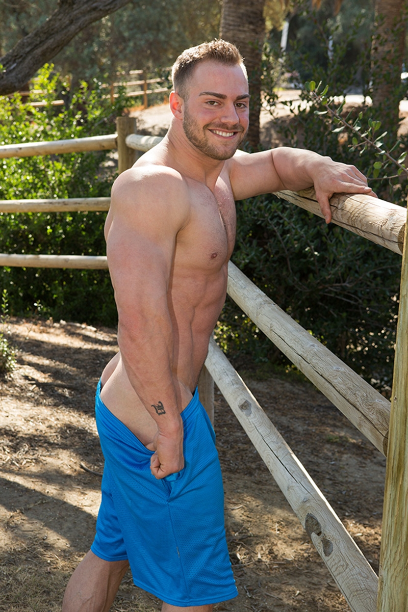 SeanCody-Sexy-bearded-muscle-hunk-Brock-strips-naked-ripped-abs-v-shaped-chest-huge-dick-bouncing-Jerking-hard-erect-cum-shots-011-gay-porn-video-porno-nude-movies-pics-porn-star-sex-photo