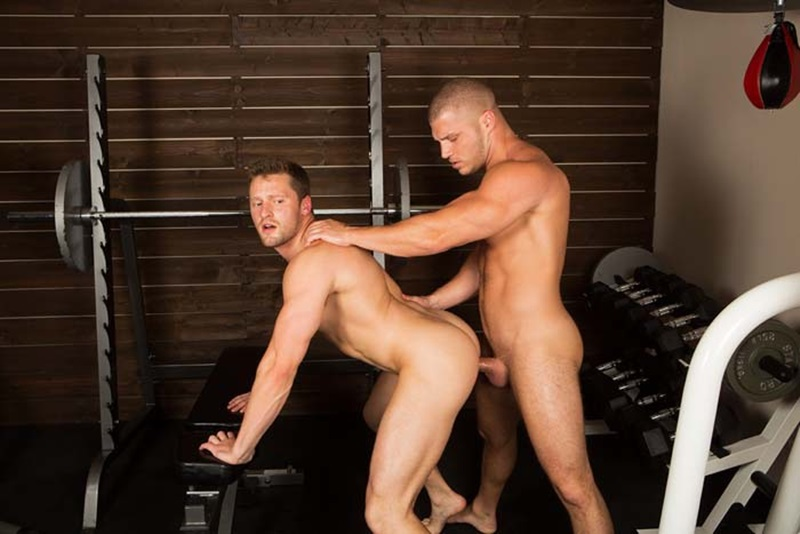 SeanCody-ripped-muscled-stud-Brodie-bareback-fucks-Brendan-big-erect-uncut-dick-bubble-butt-ass-cheeks-man-hole-muscle-cum-018-gay-sex-porno-porn-pics-gallery-photo